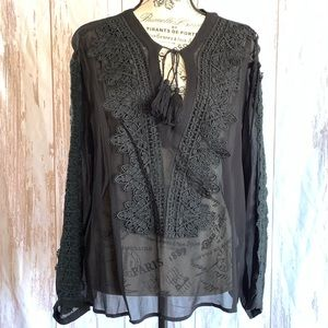 LINE & DOT EMBROIDERED SHEER LONG SLEEVE BLOUSE